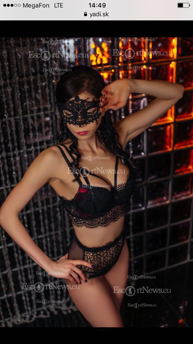Chania escorts